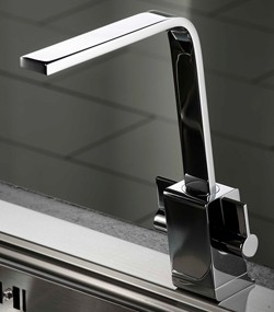 Abode Verso Kitchen Tap With Swivel Spout AT1189 (Chrome).