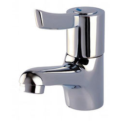 Acorn Thorn Sequential Lever Basin Mixer Tap (Chrome).