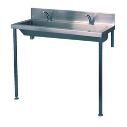 Acorn Thorn Heavy Duty Wash Trough With Tap Ledge 2400mm (S Steel).