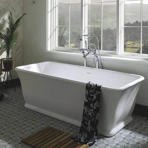 BC Designs Magnus Bath 1680mm (Polished White).