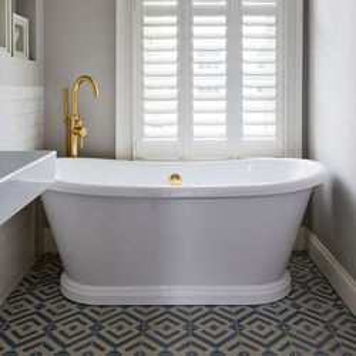 BC Designs Acrylic Boat Bath 1580mm (Gloss White).