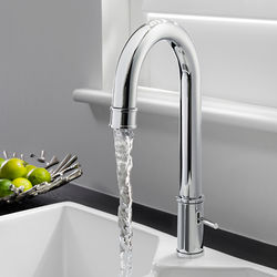 Crosswater KH Zero 5 Kitchen Tap With Side Lever Handle (Chrome).