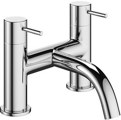 Crosswater Mike Pro Bath Filler Tap With Lever Handles (Chrome).