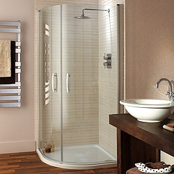 Lakes Italia Quadrant Shower Enclosure, Hinged Doors & Tray (900mm).