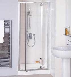 Lakes Classic 1000mm Semi-Frameless Pivot Shower Door (Silver).