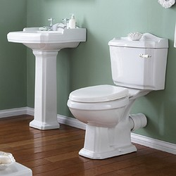 Crown Ceramics Legend 4 Piece Bathroom Suite, 580mm Basin (2 Tap Holes).