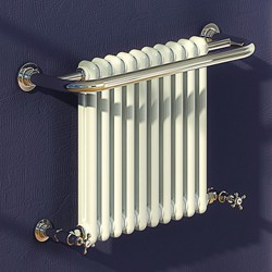 Reina Radiators Camden Traditional Towel Radiator (Chrome). 743x493mm.