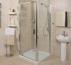 Roman Embrace Shower Enclosure With Pivot Door (900x900mm, Silver).