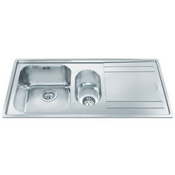 Smeg Sinks Rigae 1.5 Bowl Sink With Right Hand Drainer (Stainless Steel).