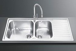 Smeg Sinks Alba 1.5 Bowl Sink With Right Hand Drainer (Stainless Steel).