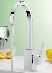 Tre Mercati Kitchen Domino Kitchen Tap (Chrome).