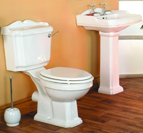 Thames Traditional four piece bathroom suite with 2 tap hole basin.