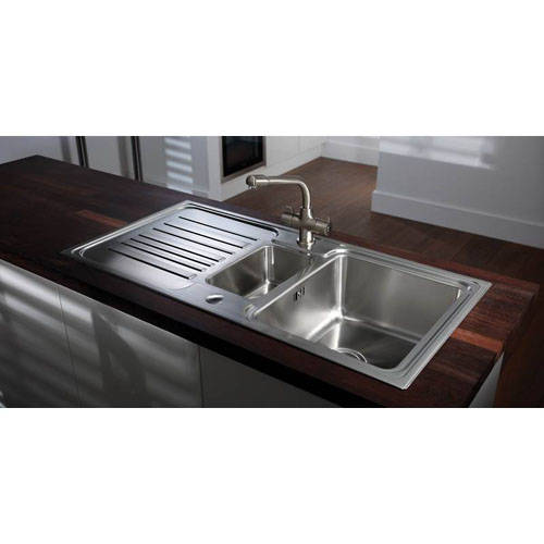 Additional image for Aspley Monobloc Kitchen Tap (Chrome).