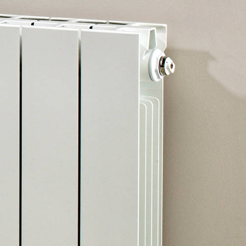 Additional image for Horizontal Aluminium Radiator & Brackets 690x980 (White).