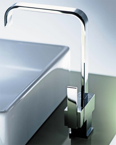 Flow Monoblock Kitchen Tap With Swivel Spout Chrome
