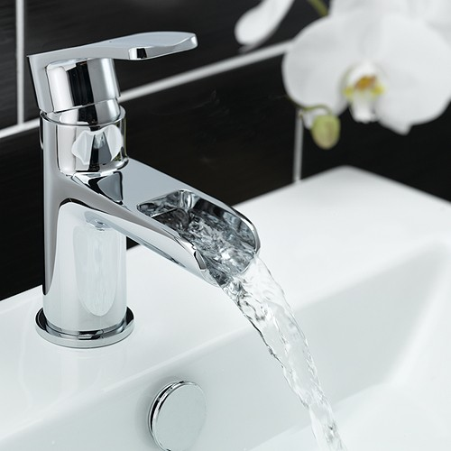 Additional image for Waterfall Basin Mixer Tap With Click Clack Waste (Chrome).