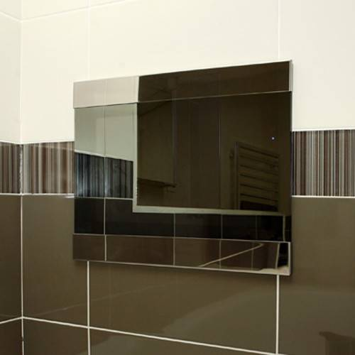 """Additional image for 17"""" Infiniti Waterproof Mirror TV (LED)."""