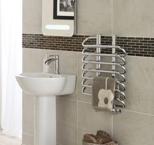 Additional image for Twisted Towel Radiator. 610x500 (Chrome).