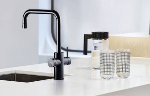 Additional image for AIO Filtered Boiling Water Tap (Gloss Black).